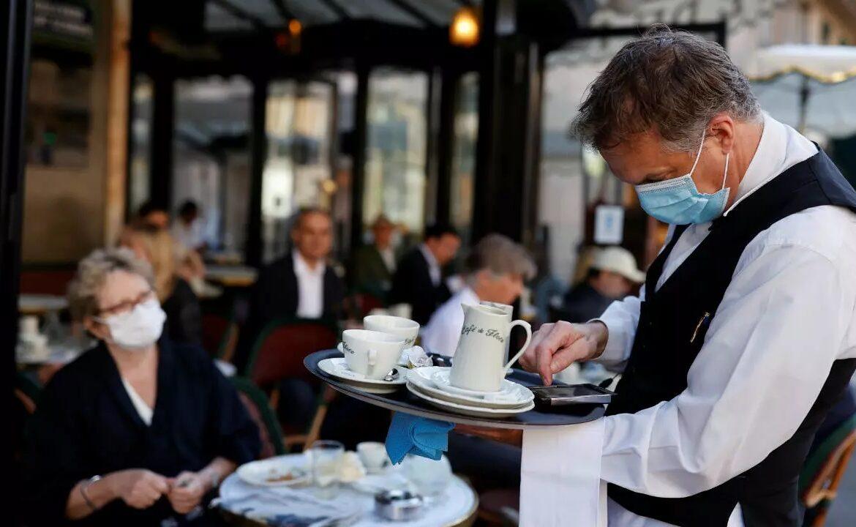 Moscova introduce un pașaport sanitar obligatoriu care va permite accesul în restaurante și baruri