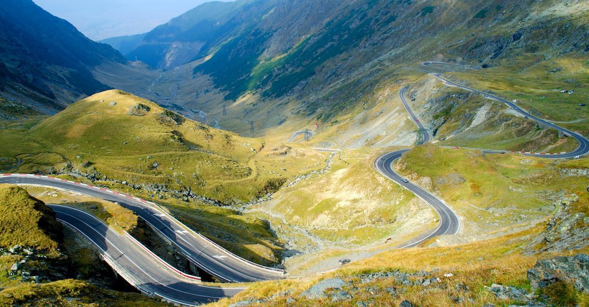 transfagarasan-road-romania-travel-guide-6.jpg