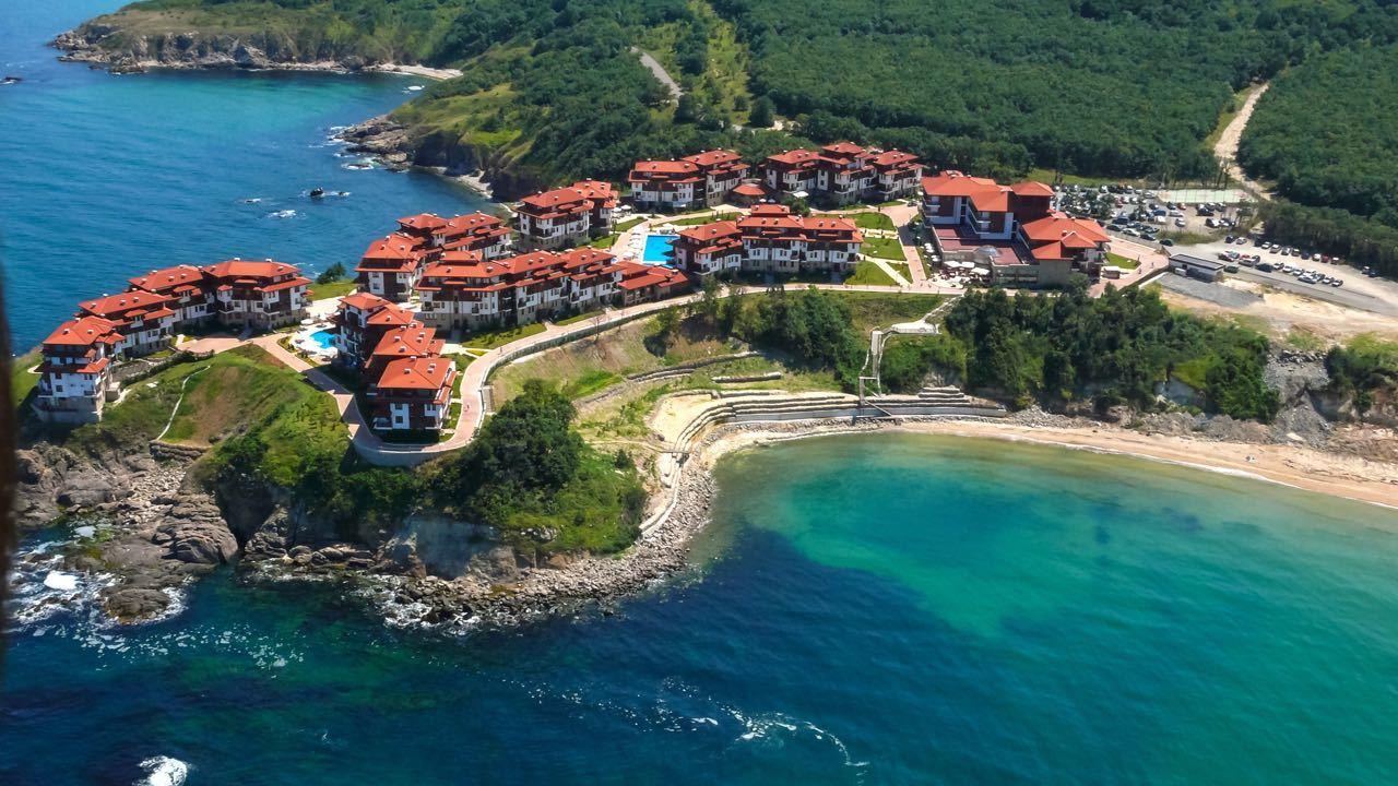 Aerial-View-Arkutino-Region-Resort-Dyuni-Burgas-Region-Bulgaria_Depositphotos_200397202_l-2015.jpg