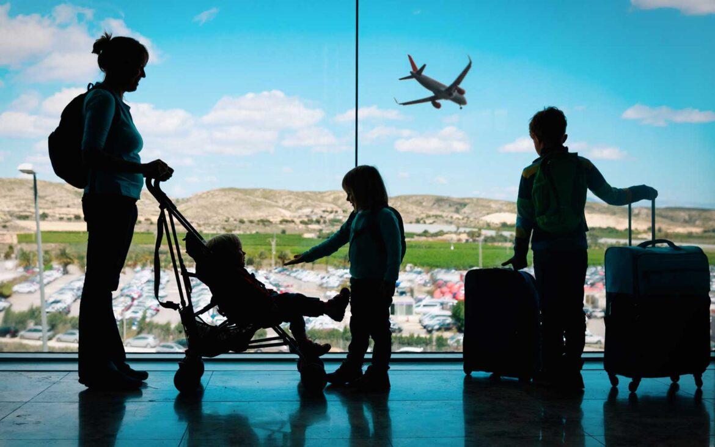 Germania nu mai primește turiști fără pașaport COVID începând din acest weekend