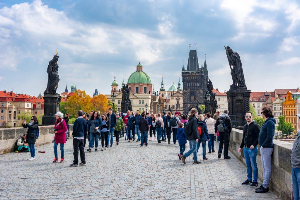 Tourists-on-Charles-bridge-Prague-1024x683-1.jpg