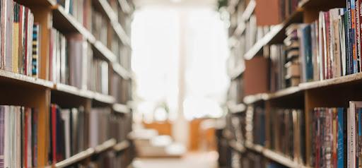 bibliotecă.jpg
