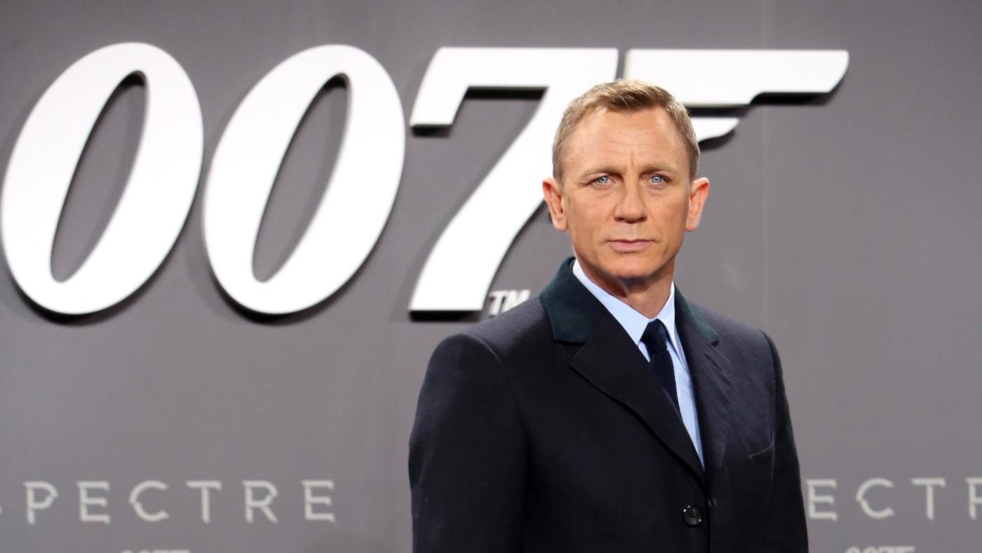 Daniel-Craig-to-Receive-Star-on-Hollywood-Walk-of-Fame.jpg
